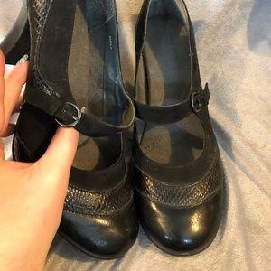 Areosoles 8.5 Heels dressy stylish black